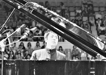 绅士钢琴简谱双手