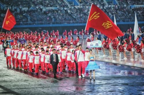 全运会山西代表团入场。 本报记者戴晓杰发自天津