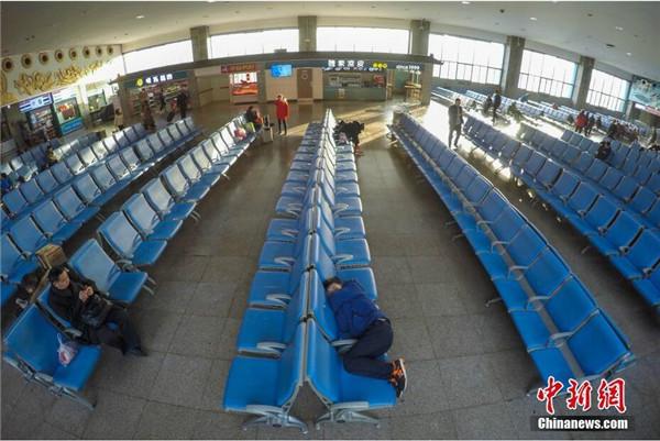 太原火车站春运首日