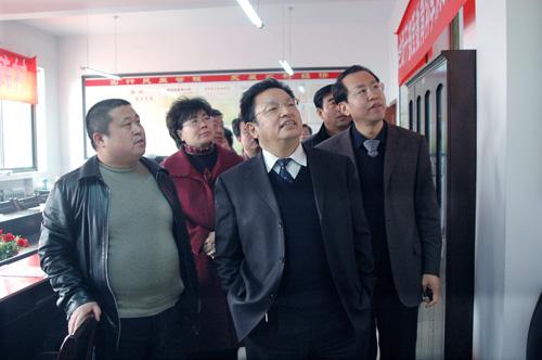 吕梁市委常委、组织部长牛社威在文水县调研