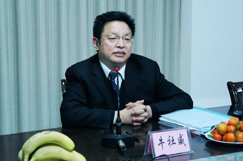 组织部长牛社威在文水县调研