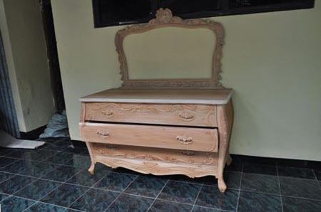 鼎盛美乐:用桃花芯木铸实木家具中国_王国新家具该床垫如何v桃花图片